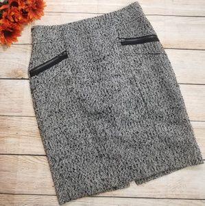 🦋🦋Forever 21 Tweed pencil skirt. Size Medium